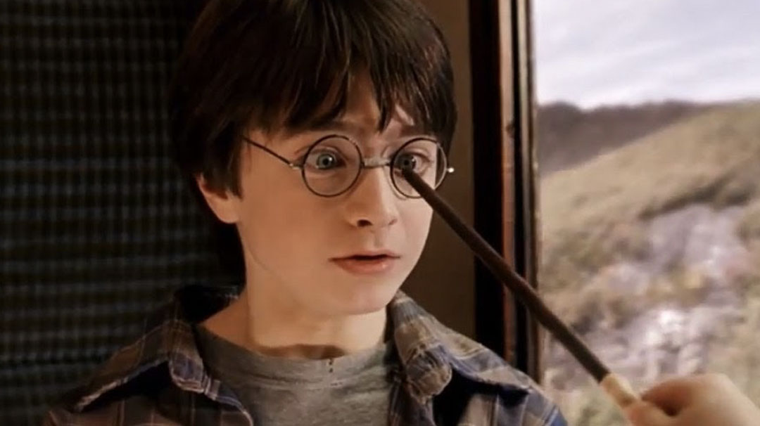 Image for 2. En Harry Potter, ¿Qué hechizo debes conjurar para arreglar unas gafas?