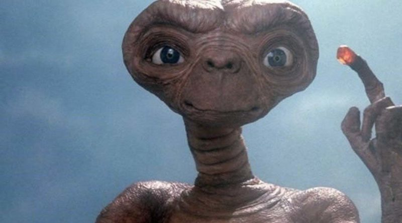E.T. · Universal Pictures