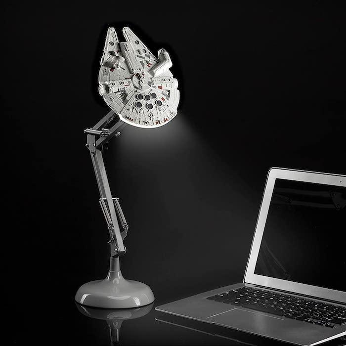 lámpara del Halcón Milenario