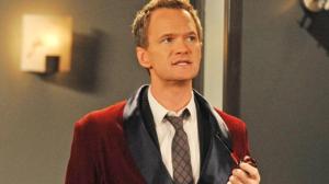 Puedes tener un pijama de seda como Barney Stinson