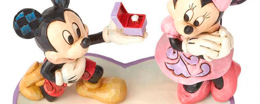 La figura más adorable de Mickey y Minnie Mouse